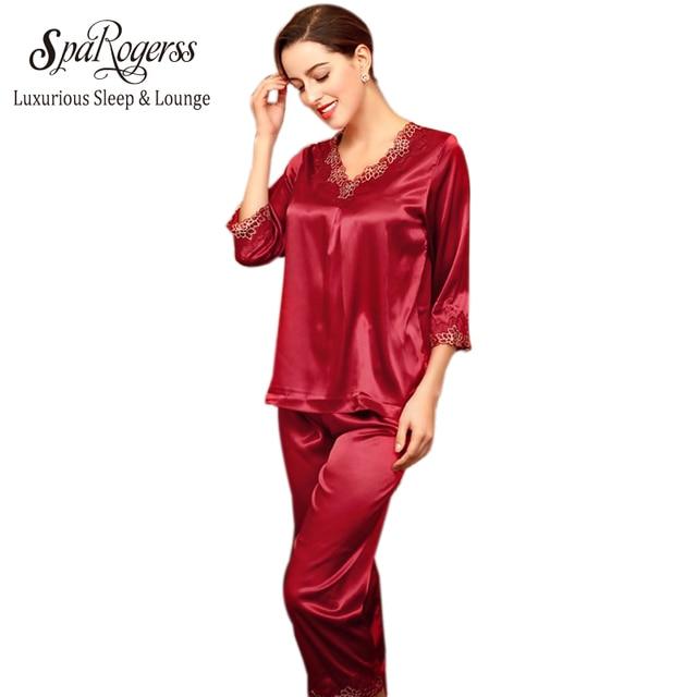 98daea70a3 Nueva llegada pijamas 2018 pijamas para mujer Silk Satin Sleep Lounge  algodón Pijama manga larga 2