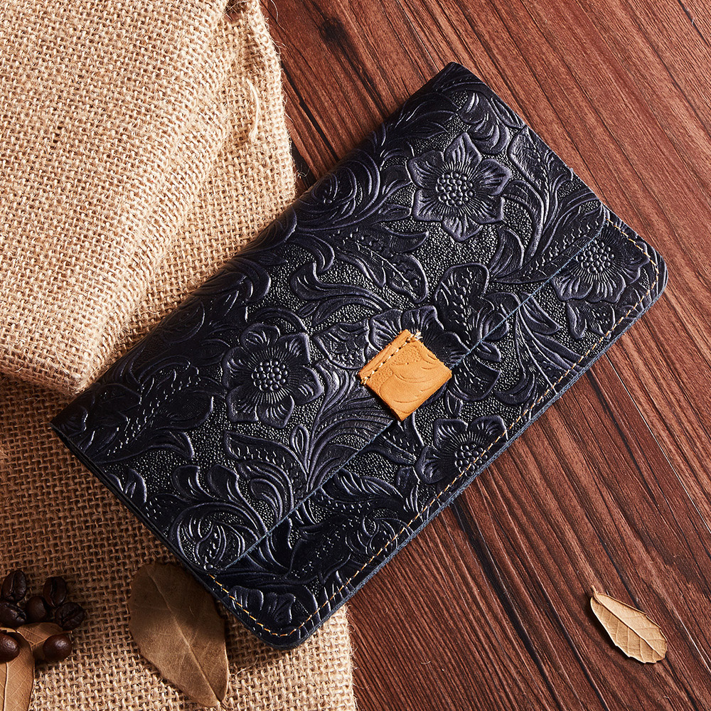 2017 New Fashion Leather Ladies Wallet Modern Goddess Casual Simple Mad Horse Skin Retro Embossed Long Hand Holding Bag Female