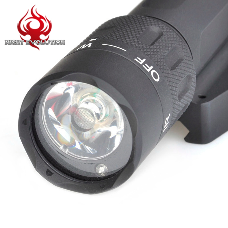 Night Evolution Airsoft L-3 Insight WMX200 Tactical Weapon With IR Light NE 04014
