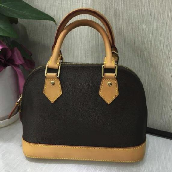 цена на 2018 new leather shell bag multicolor can be selected, normal transportation free of charge