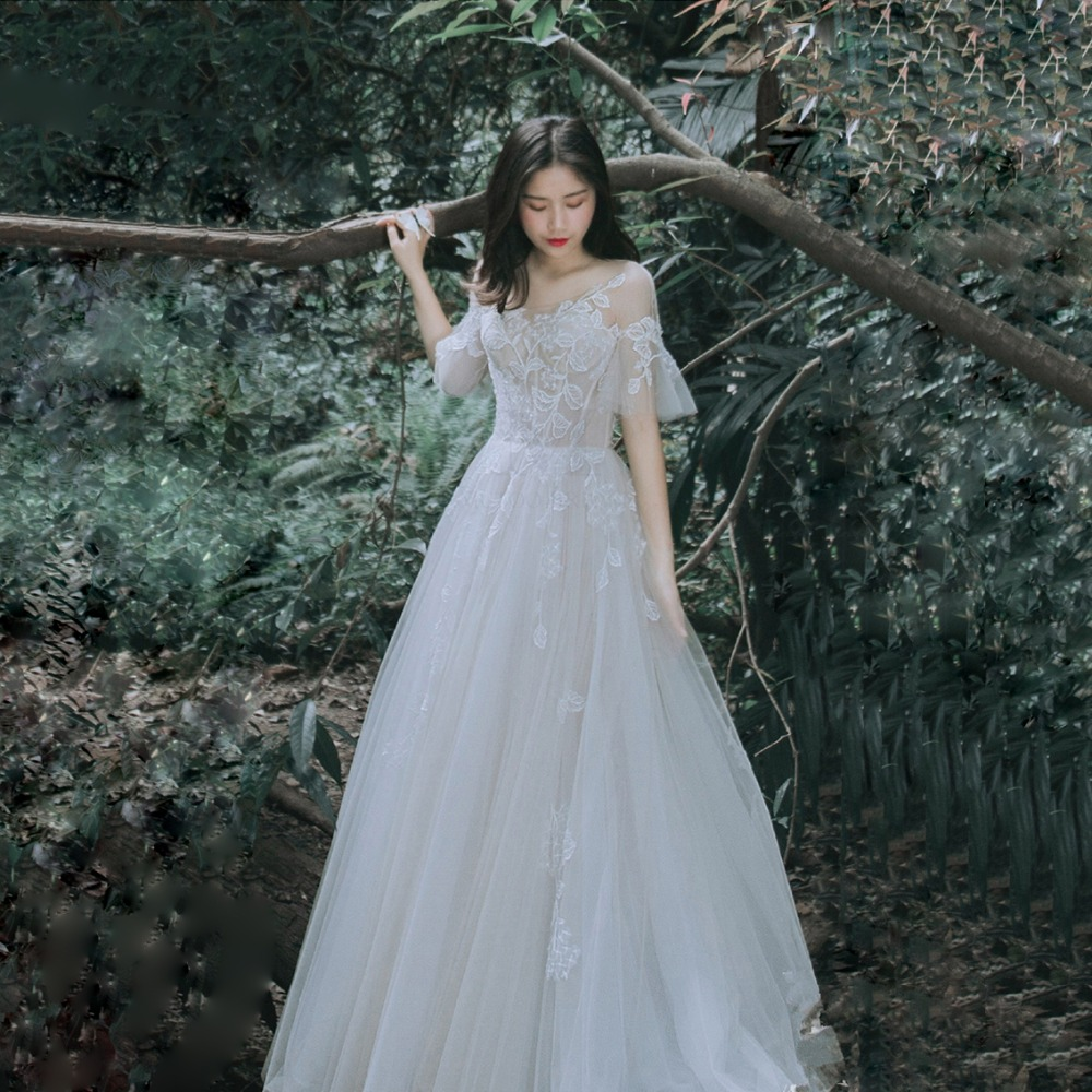 Romantic Wedding Dresses: Romantic Wedding Dress 2019 Flare Sleeve Bridal Gown Mori