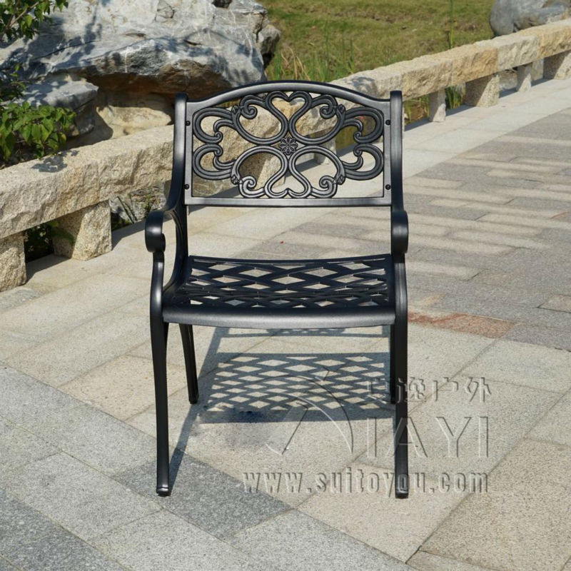BBQ Garden/Patio Table and 4 Chair Set, Cast Aluminium finished in Black