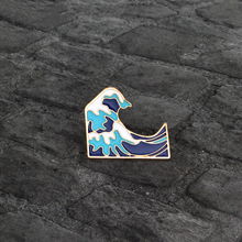 Cartoon Sea wave Spindrift Brooch Pin Button Blue White Enamel Metal Pin Icon Jacket Backpack Badge Jewelry Wholesale Gift