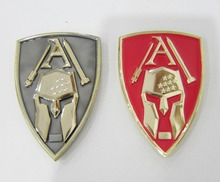 High quality triangle plating paint coin trend personality zinc alloy