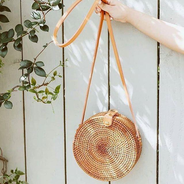 2018 Summer new rattan bag pure handmade Qiuteng basket exotic scenery rattan basket bag 5