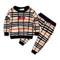 2016 moda primavera xadrez bebê roupas meninos define bow tie estilo de manga comprida + calças ternos para roupas infantis menino fatos de treino