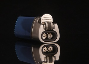 Image 5 - Triple Torch Turbo Lighter Powerful Windproof Metal Jet Cigar Lighter Grinding Wheel 1300 C Butane Lighter Gadgets For Man