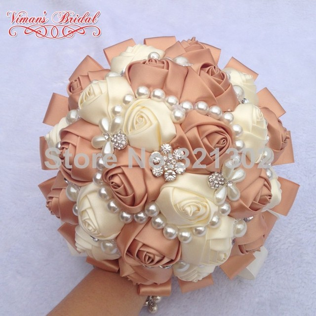 European And American Brides Holding Flowers Wedding Flowers Ornament Pearl Ribbon Wedding Bouquet De Novia Bridal Bouquets YJ04