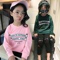 Nova Chegada 2017 meninas manga raglan T-shirt adolescente Roupas Assentamento camisa das meninas tops manga longa Crianças Marca Princess