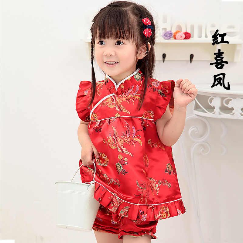 2019 新夏花女の赤ちゃん服服幼児スーツ新年中国トップドレスショートパンツ袍チャイナ