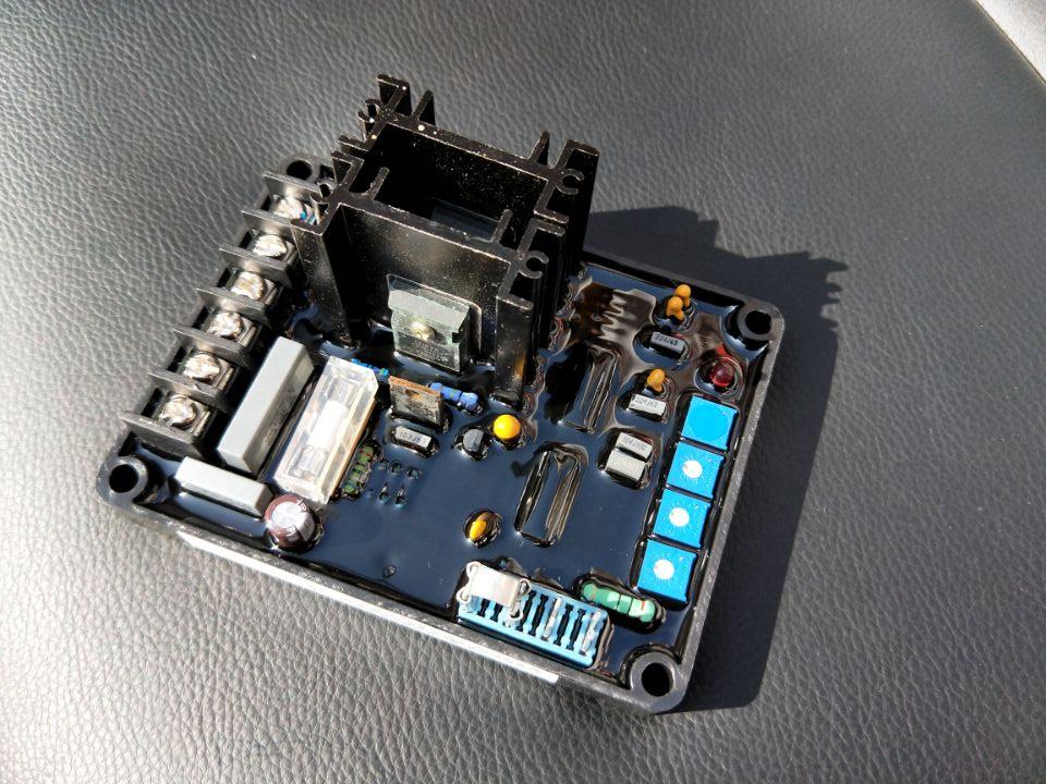 โรงงานอุปทานโดยตรงเซี่ยงไฮ้   Hui brushless เครื่องกำเนิดไฟฟ้าแผ่นปรับ, ใหม่ GB13 AVR-ใน อะไหล่และอุปกรณ์เสริมเครื่องกำเนิดไฟฟ้า จาก การปรับปรุงบ้าน บน AliExpress - 11.11_สิบเอ็ด สิบเอ็ดวันคนโสด 1