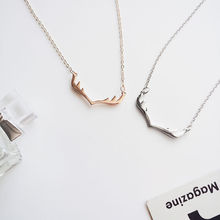 Christmas alloy rose gold antler pendant necklace chain necklace ladies pendant jewelry best friend Christmas necklace gift jewe new fashion creative diy rose pendant gold alloy a rose necklace charm woman valentine s day plant chain necklace jewelry gift