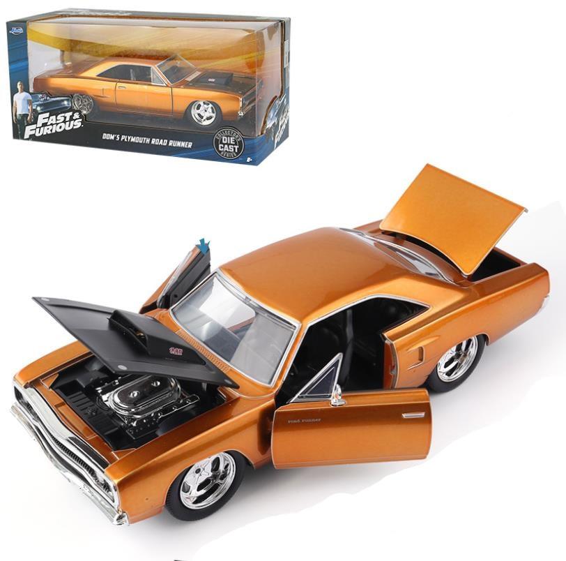 JADA Plymouth ROAD RUNNER 1:24 alliage modèle de voiture moulé sous pression en métal modèle jouet véhicule Dooge Chargeur R/T collection modèle livraison gratuite