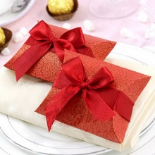 Red Paper Pillow Shape Party Favors Wedding Gift Bridal Shower Birthday Party Chocolate Boxes with Satin Ribbon Bow 12pcs