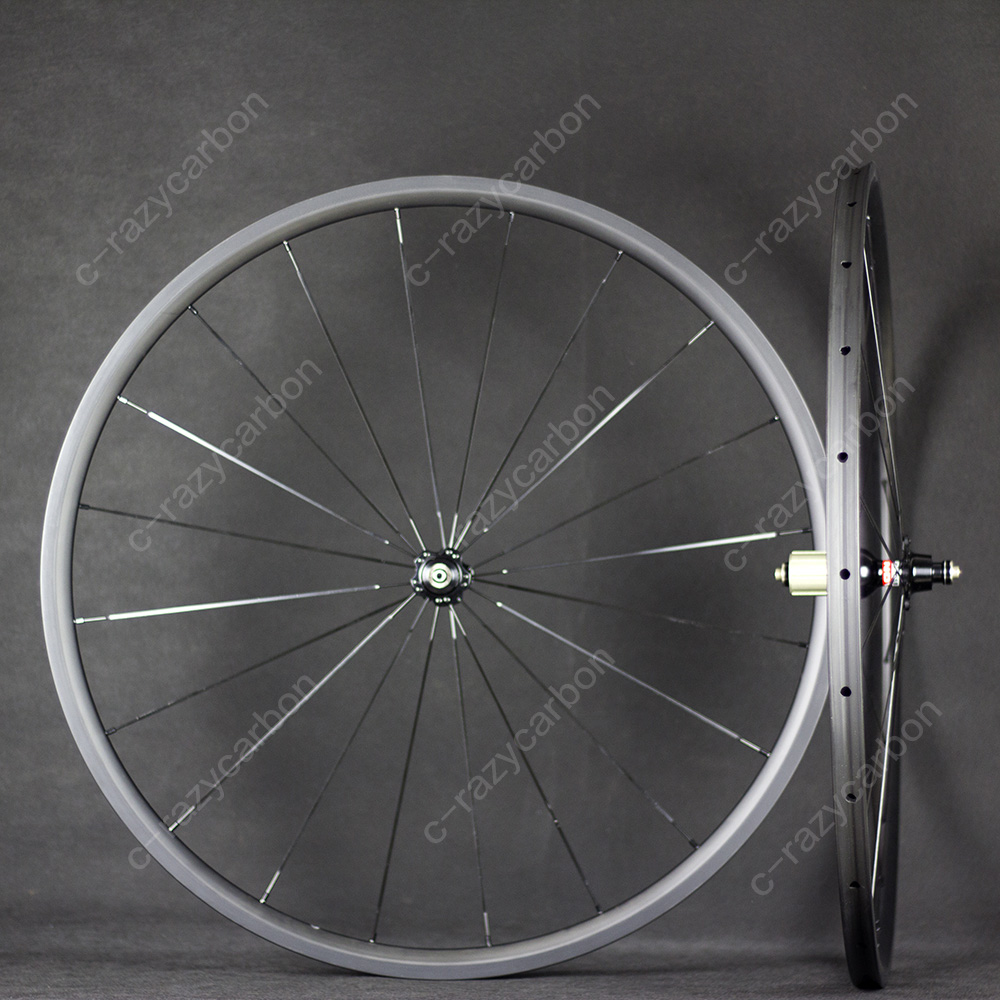Super Light Road Wheelset 700c In 24mm Outer Width Full Carbon Clincher Climbing Free Shipping