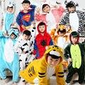 2016 Meninos Meninas Animais Pijama Onesie Dinossauro Menino Ponto Homewear Pijamas de Flanela Com Capuz Pijamas Cosplay Macacão Pijamas de Criança