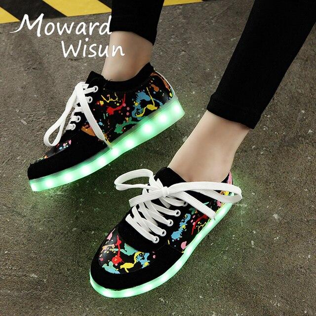 c7f13387388 Tamanho 28-44 USB Sapatos Chinelos Led Glowing Luminosos Tênis com Sola de  Luz Cesta