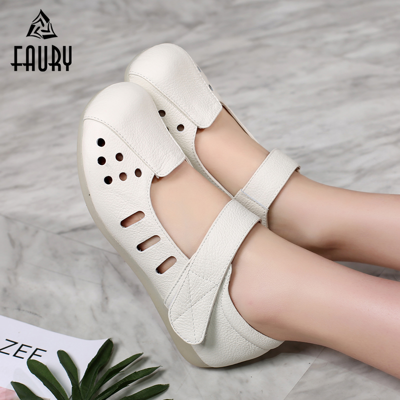 New Nurses Women Hospital Work Shoes White Flat with Tendon Soft Bottom Non slip Hollow Summer Breathable Sandals Casual Shoes