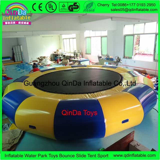 2017 Summer Promotion New Design Commerical Used 3m Diameter Inflatable Water Trampoline With Air Pump