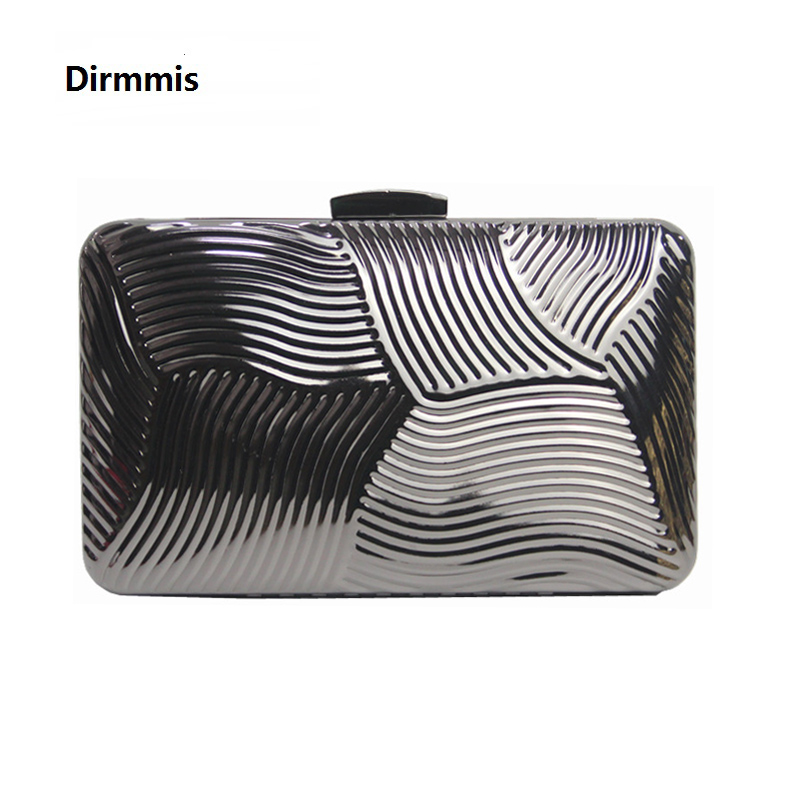 Woman new wallet 2018 Europe brand feminina fashion noble metal hard boutique clutch solid cross Lady luxury casual evening bag fuzzy metal clutch wallet