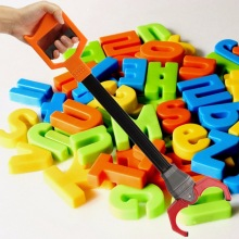 Абсолютно пластиковый Ретро робот рука робота Палочки Инструмент Дети Игрушка легко использовать лучший подарок для детей и взрослых