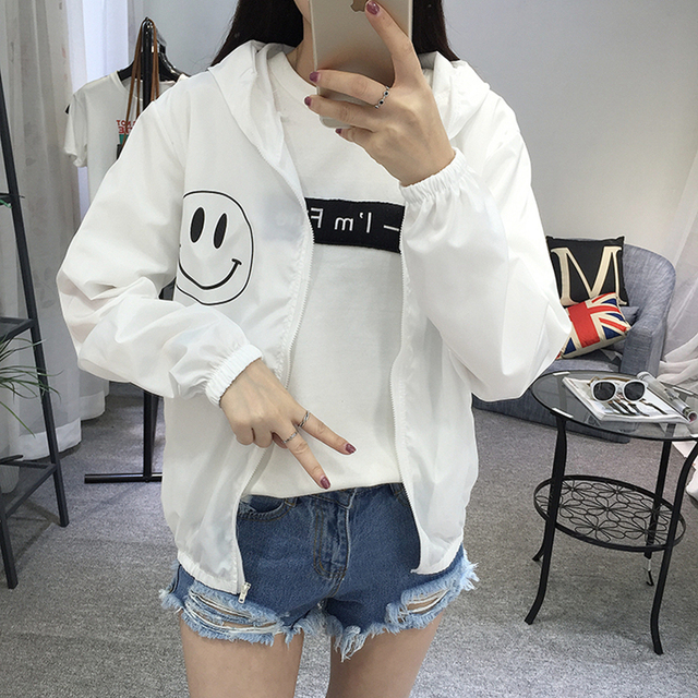 Women Basic Jacket New Fashion Hooded Thin Outwear High Quality Windbreaker Female Summer/Spring Sunscreen Jacket 2018 1