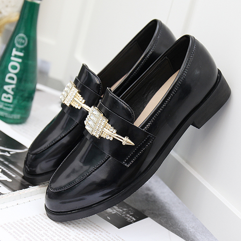 ФОТО 2017 new spring fashion lady rhinestone loafer for genuine leather flat shoes women brand round toe casual shoes black