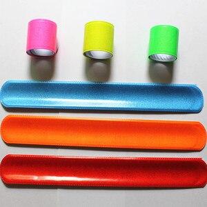 Image 3 - 100 sztuk nowa moda w różnych kolorach magiczny władca opaska zwijana bransoletki R150719