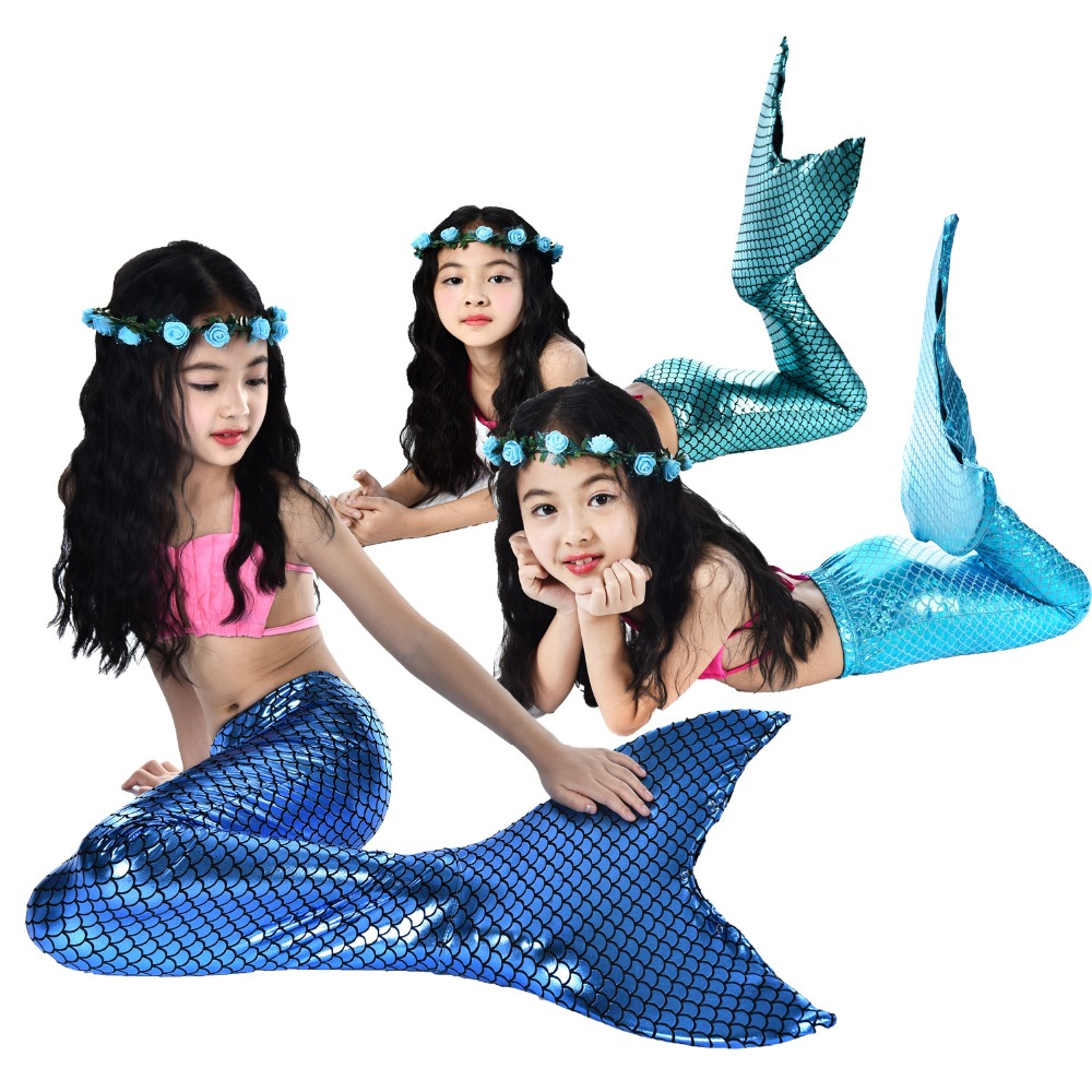 topless-girl-mermaid-costume