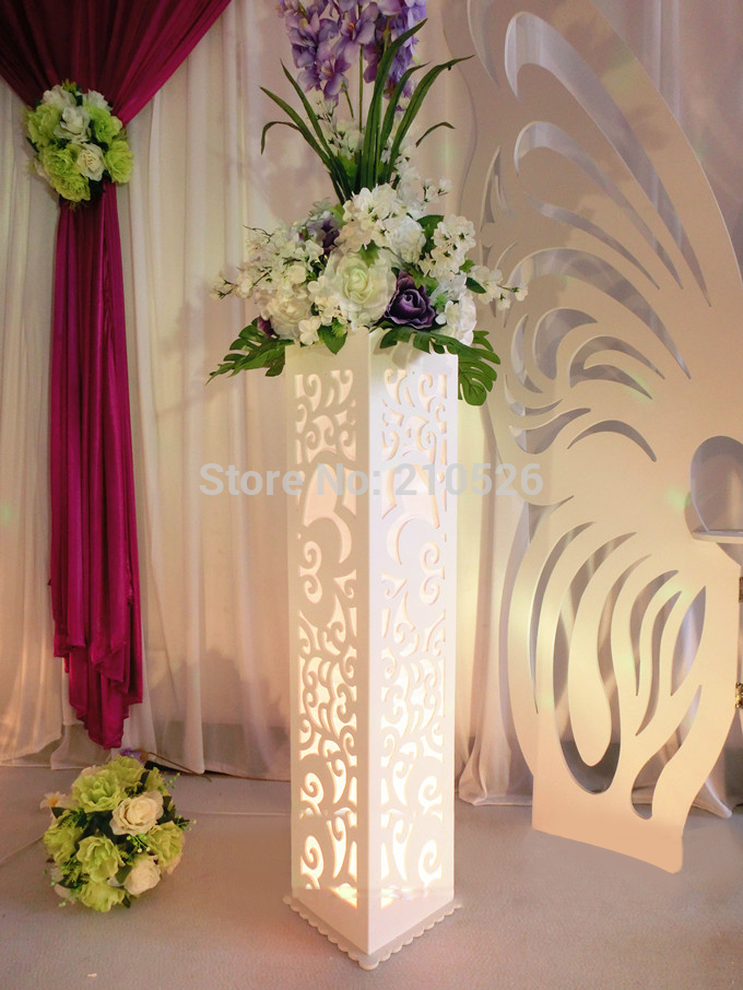 Wedding Carved Pillar Hollow Stand With LED Light Double Heart Shaped Road  Lead Stage Decoration Roman Pillars Without Flower