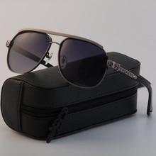 En la película el personaje principal es un hombre con gafas de sol joyería de plata de la marca de gafas de sol para los hombres gafas de sol hombre