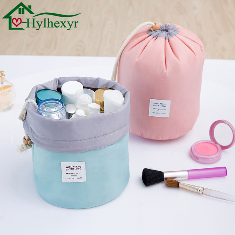 2018 Women fashion High Capacity Nylon Travel Barrel Shape Cosmetic Bag beauty makeup bags Wash Baging Makeup bathroom Organizer