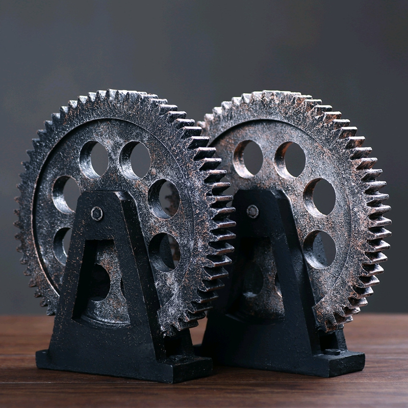 Industrial Gear Retro Bar Cafe Desktop Decor Gear Ornaments Personality Home Decoration Accessories Vintage TV Cabinet Craft