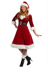 f567fe17ddf Nouveau noël Sexy robe femmes Costume de noël pour adulte rouge velours  fourrure de noël robes à capuche femme père noël Costume