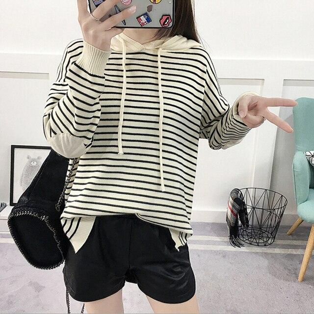 Primavera 2018 camisola das mulheres pullovers de malha blusas moletom com  capuz feminina suéter listrado casuais add4b10c68f