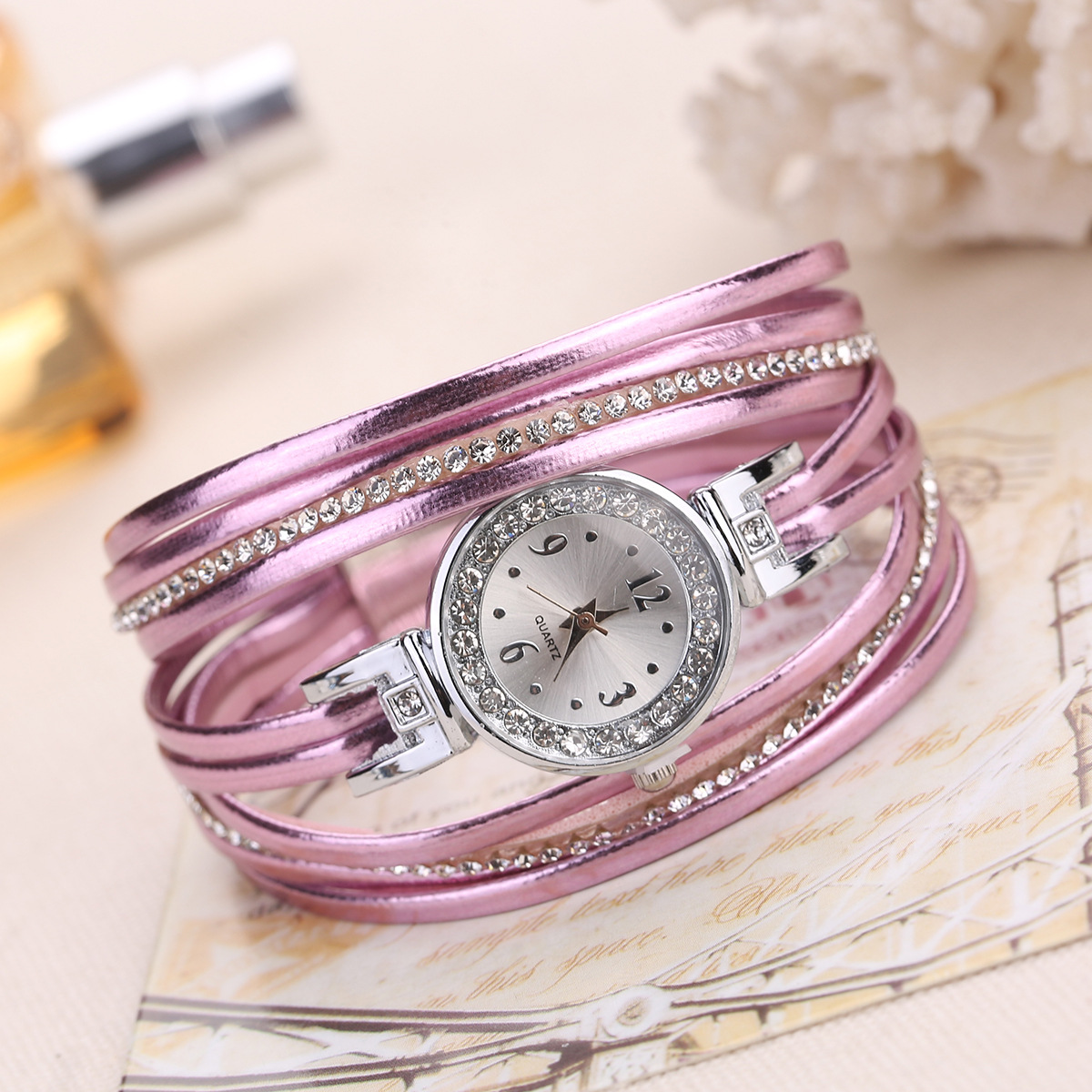 2020 New Arrival Women Luxury Crystal Bracelet Watch Gold Leather Thin Strap Dress Wristwatch Casual Ladies Quartz Clock Ceasuri