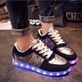 2016 Женщины Мужчина Красочные Светящиеся Квартиры С Загорается Светодиод светящиеся Обувь Новый Моделирование Единственным Led обувь Для Взрослых Мужчин обувь