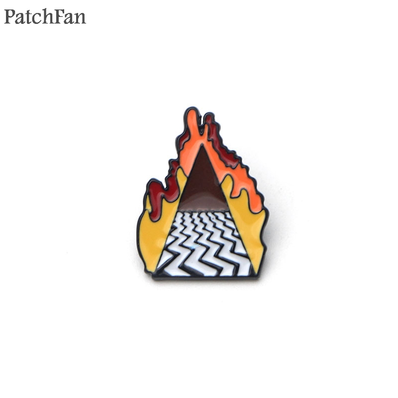 A0671 Patchfan Twin Peaks Zinc pride pins para backpack clothes metal medal badges brooches for bag shirt hat shoe insignia
