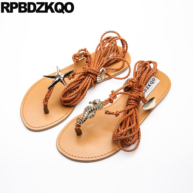 Knee High Gladiator Sandals 2018 Brown Tie Up Thong Designer Flat Women Lace Bohemia Strap Embellished Strappy Roman Shoes цена