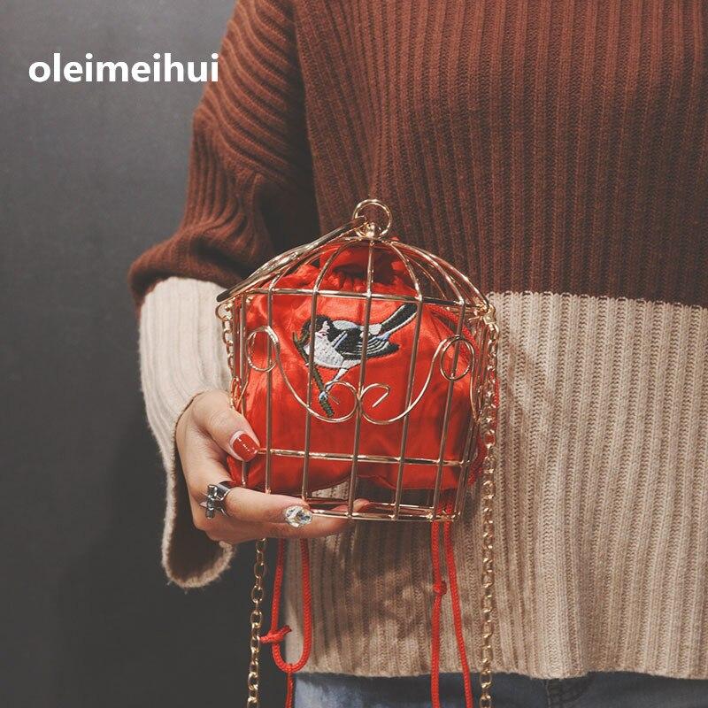 NOUVEAU design Cage À Oiseaux de femmes de Soirée Sac D'embrayage En Métal Cadre Broderie Seau Oiseau Cage mini-sac Bourse femmes Or sac à main avec pompom