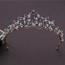 лучшая цена KMVEXO New Vintage Baroque Gold Handmade Bride Wedding Hair Jewelry Dark Green Crystal Rhinestones Tiaras Bridal Crown Wholesale