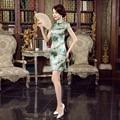 Brand New Chinese Female Traditional Silk Qipao Dress Women's Short Sleeve Sexy Mini Cheongsam Flowers S M L XL XXL Z0044