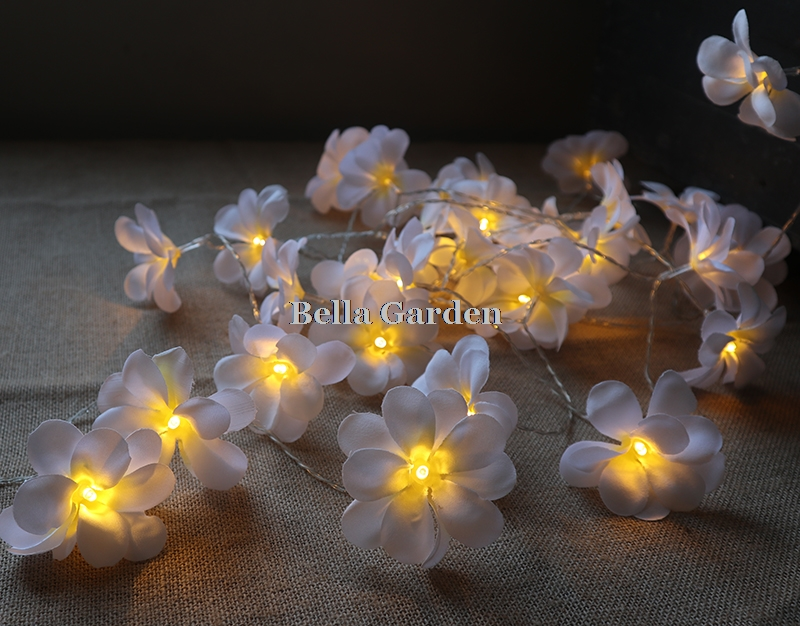 220 v 5 m 28led frangipani LED corda luzes bateria luz de fadas - Iluminação festiva - Foto 5