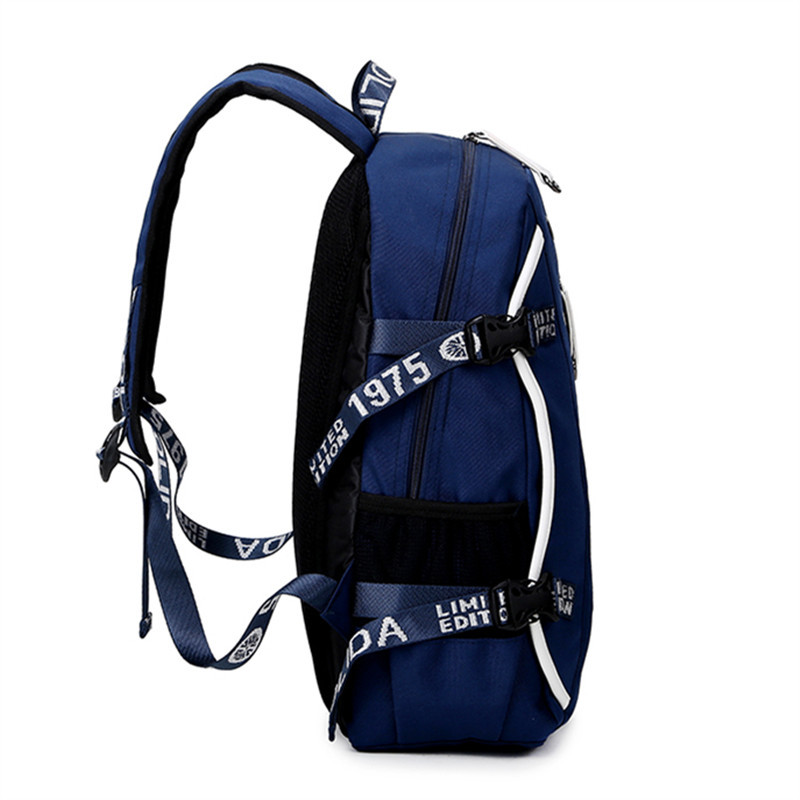 b57891b7b6 boy Backpack Waterproof shoulder bag new 2018 Korean casual student school  bags men mochila Free shipping CHISPAULO brand-in Backpacks from Luggage    Bags ...