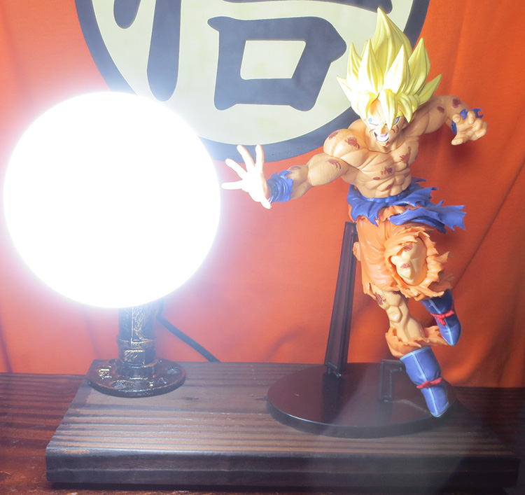 KNL HOBBY Dragon Ball LED desk lamp explosion models hand the Monkey King Super Cup led Eye creative birthday gift