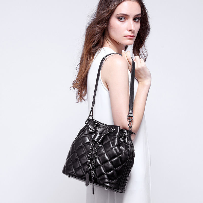 Designer Handbag Women Genuine Leather Vintage Quilted Leather Bucket Bag Female Messenger Shoulder Bag