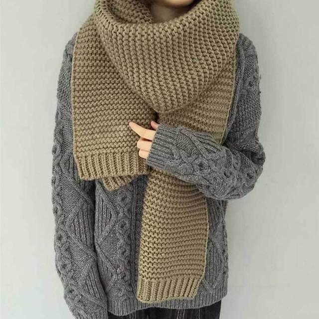 Mujeres bufanda de invierno de color sólido bufanda de lana gruesa femenina estudiantes de invierno super-grueso de punto caliente