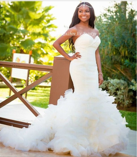 Tiered Cascading Ruffles Skirts Mermaid White Wedding Dress