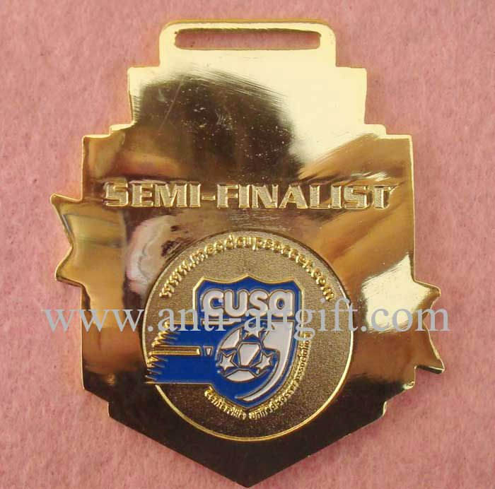 Пользовательские золотые медали значки шпильки эмаль полуфиналист футбольный бейдж печать логотип спортивная игра подарки OEM/ODM