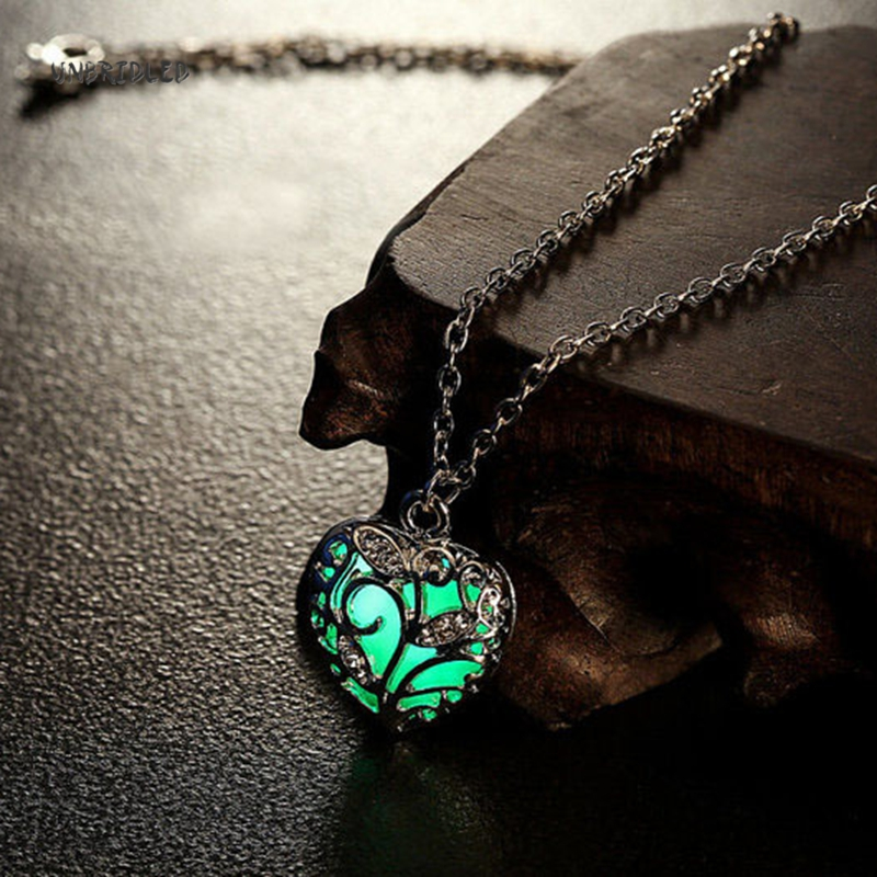 2016 Love Heart Hollow <font><b>out</b></font> Glow In <font><b>Dark</b></font> luminous Pendant Maxi Colier Necklace for Women Kids Sweet Noctilucent gift death note